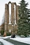 u zříceniny kláštera v Benešově