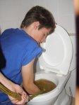 když se ucpe záchod ...